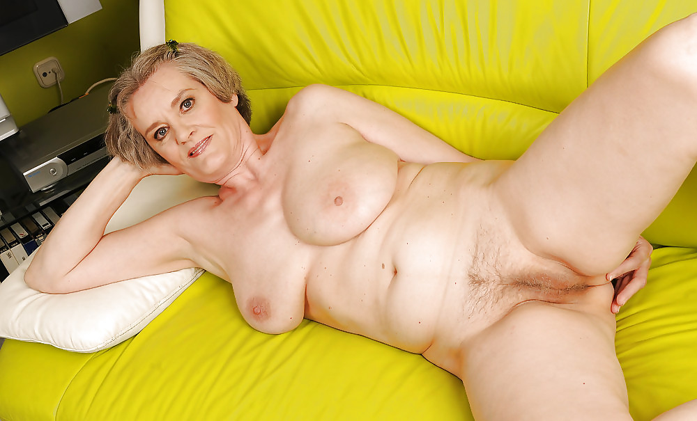 Mature housewives nude couch